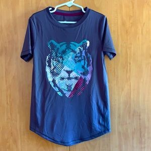 All in Motion Girls athletic wear Lion shirt plum